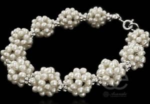 BEAUTIFUL SILVER BRACELET WHITE PEARLS