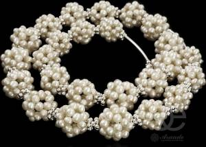 BEAUTIFUL SILVER NECKLACE WHITE PEARLS