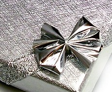 ELEGANT GIFT BOX SILVER FOR JEWELLERY RIBBON HOLOGRAM